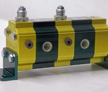 HYDRAULIC FLOW DIVIDER AND COMBINER TWIN CYLINDER SYNCHRONISER ITALIAN VIVOIL