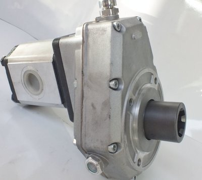 PTO SPEED INCREASE GEARBOX UP TO 30 GPM HYDRAULIC PUMP ITALIAN MADE TRACTORS