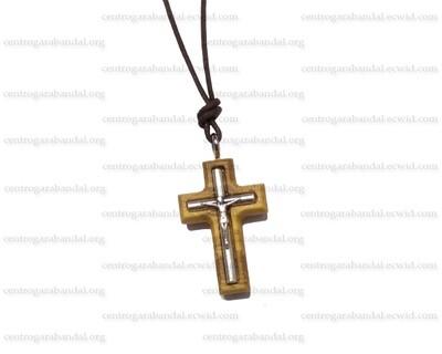 Crucifijo de Madera Olivo con cordón