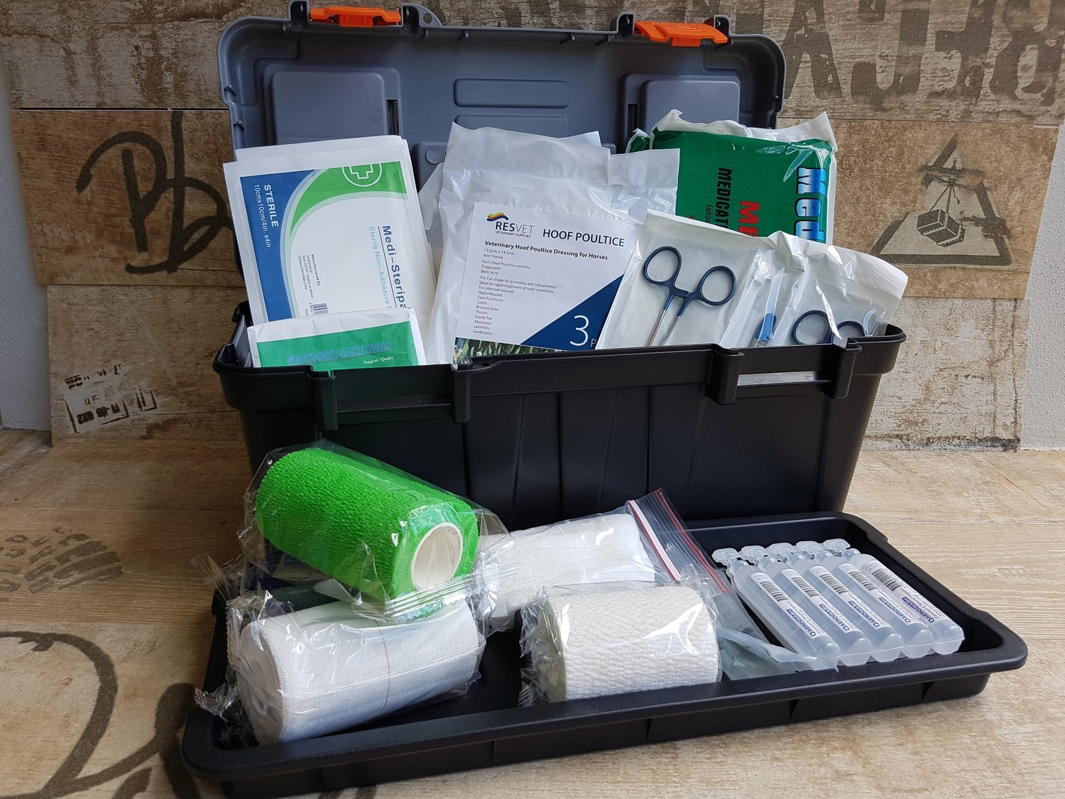Equine Medium First Aid kit