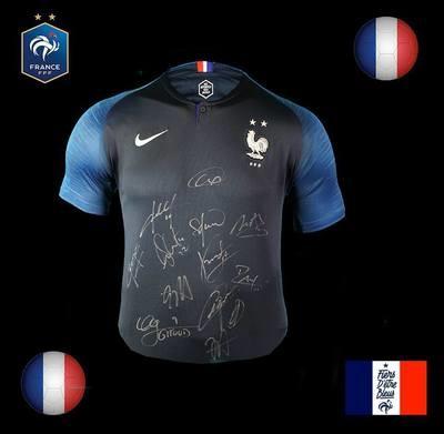 France 2018 World Cup Autografata da tutta la Squadra  Signed all teams with COA Mondiali 2018