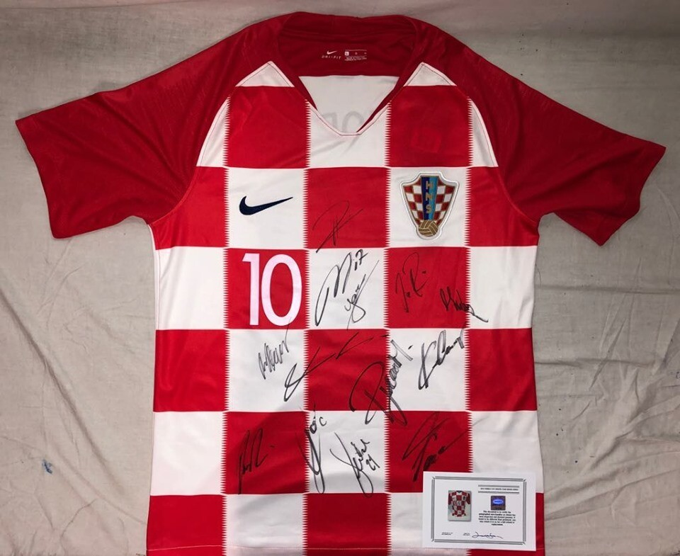 Croazia World Cup 2018 Signed Autografata Croatia 2018 World Cup 2018 Modric 10 Signed with COA certificate