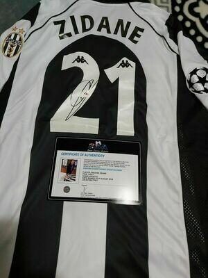 Maglia JUVENTUS Maglia Casa 1997 1998  ZINEDIN ZIDANE  21 Autografata Signed wich COA certificate Juventus Jersey Home 1997 1998 ZINEDID ZIDANE  Signed with coa