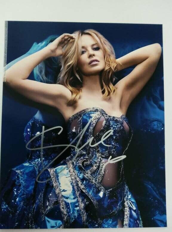 FOTO KYLIE MINOGUE Autografata Signed + COA Photo KYLIE MINOGUE Autografata Signed