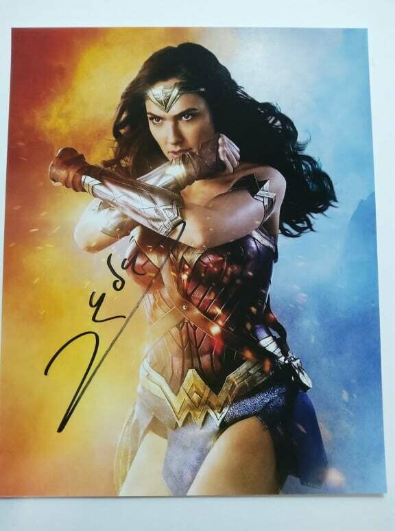 FOTO Wonder Woman Gal Gadot Autografata Signed + COA Photo Wonder Woman Gal Gadot Autografato Signed