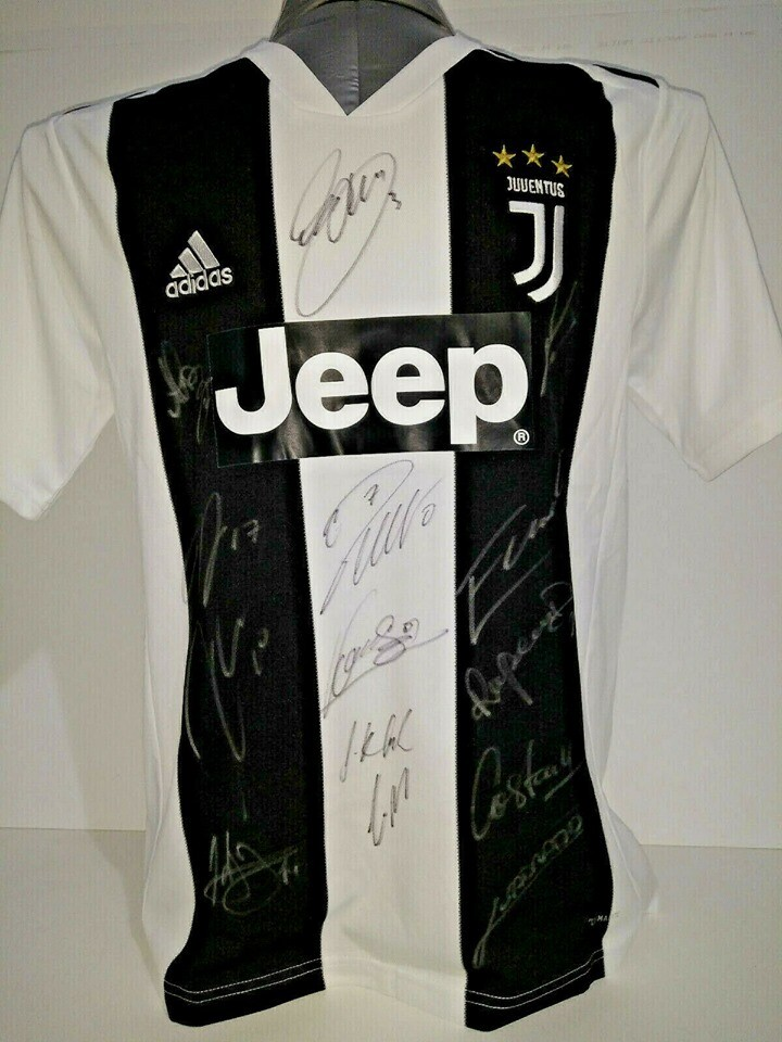 Maglia Replica  JUVENTUS MAGLIA CASA 2018 2019 JERSEY HOME SIGNED TEAM AUTOGRAPHS TEAM  with  COA certificate Juventus 18 19 Signed Team