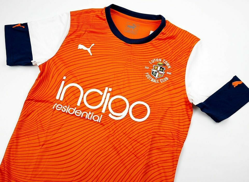 LUTON TOWN HOME 2019-2020