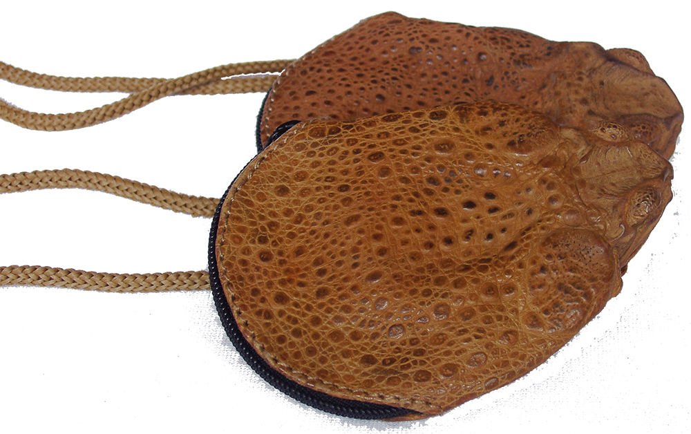 CANE TOAD NECK PURSE NO LEGS