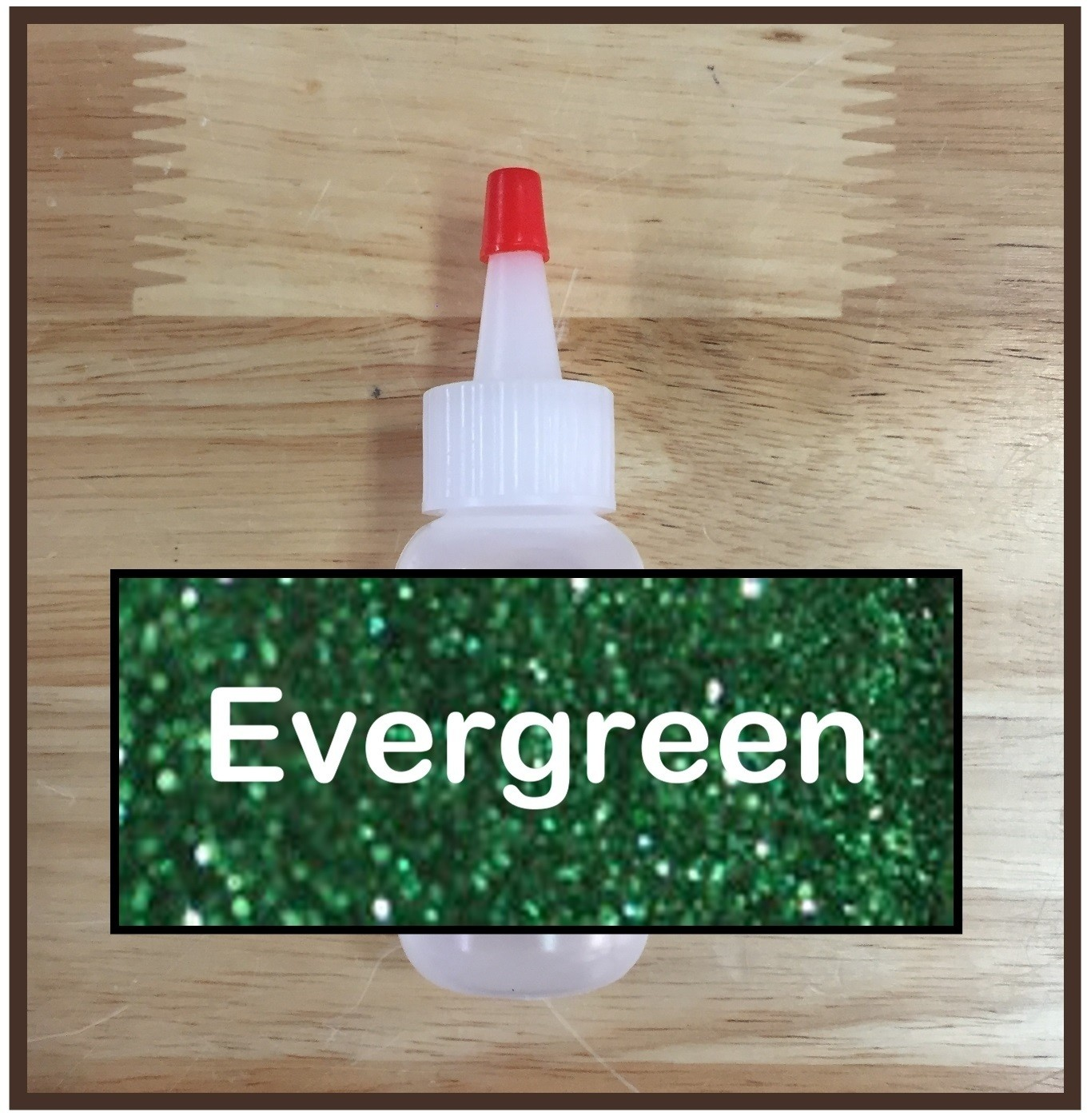 Evergreen Glitter Poof