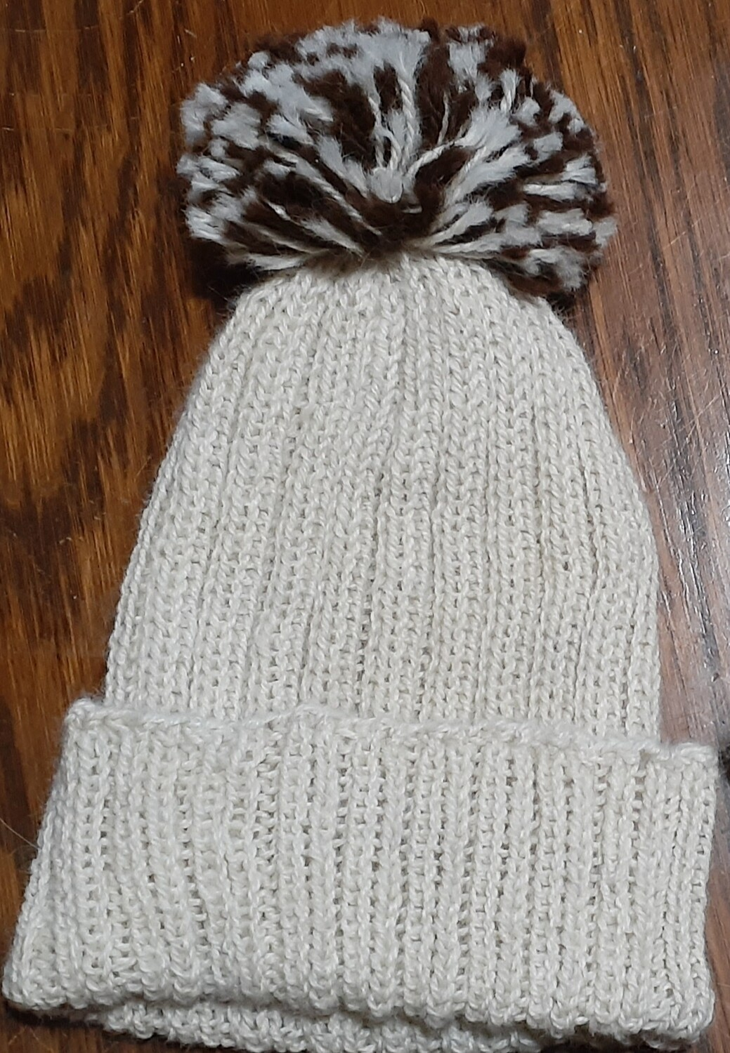 Toque, white with white/brown pon-pon