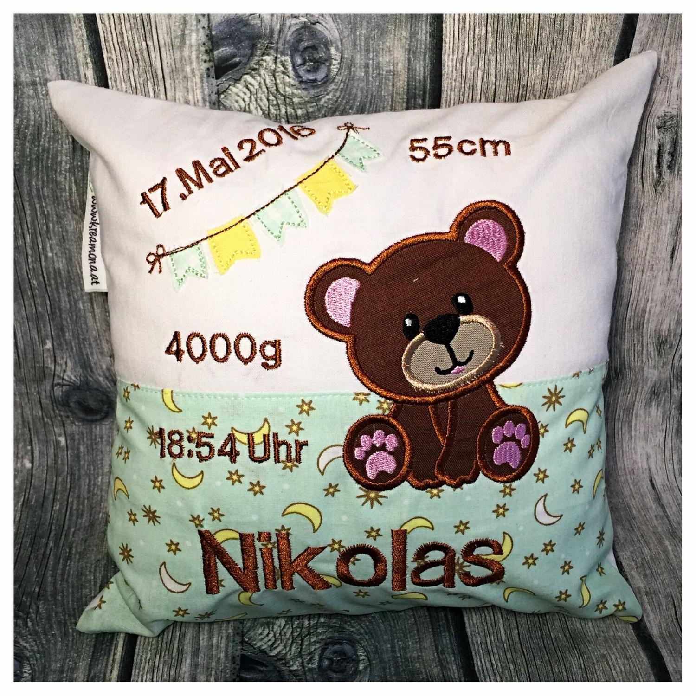 Kissen Mini Bär und Wimpelkette