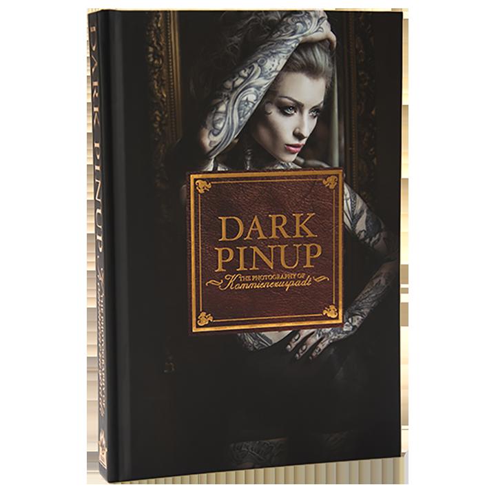 Dark Pinup by Lars Kommienezuspadt