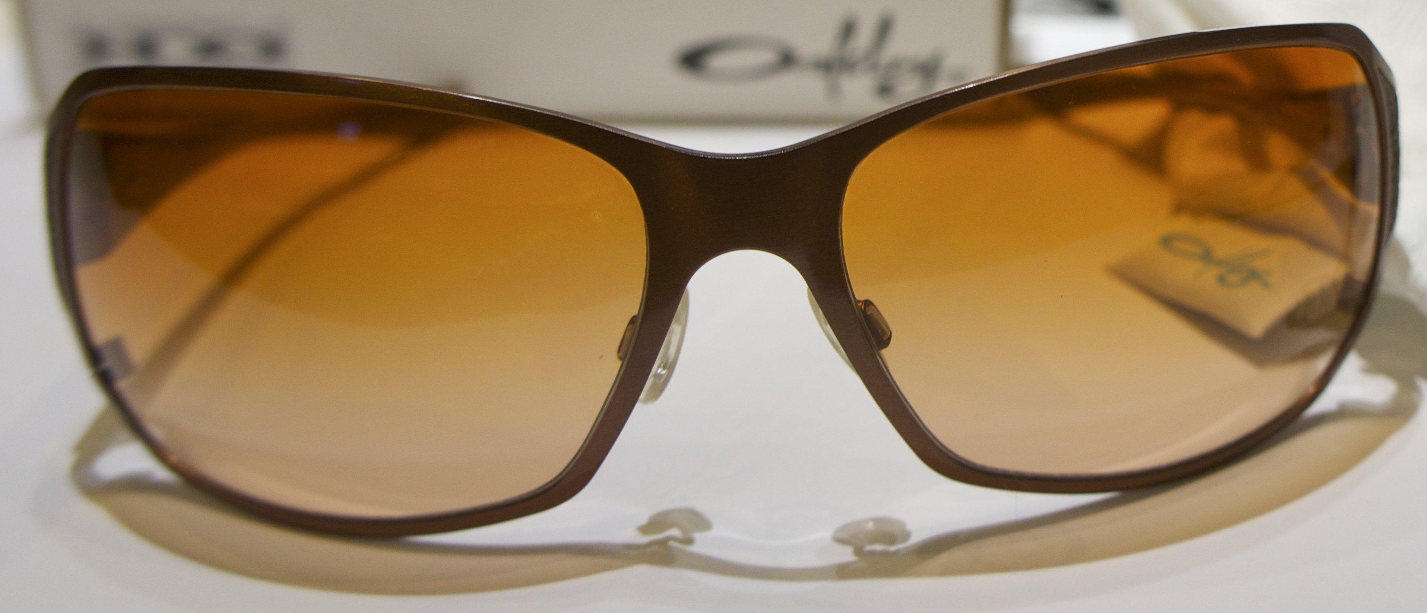 Oakley Behave - Brushed Bronze - VR50 Brown Gradient (DIFETTATE)