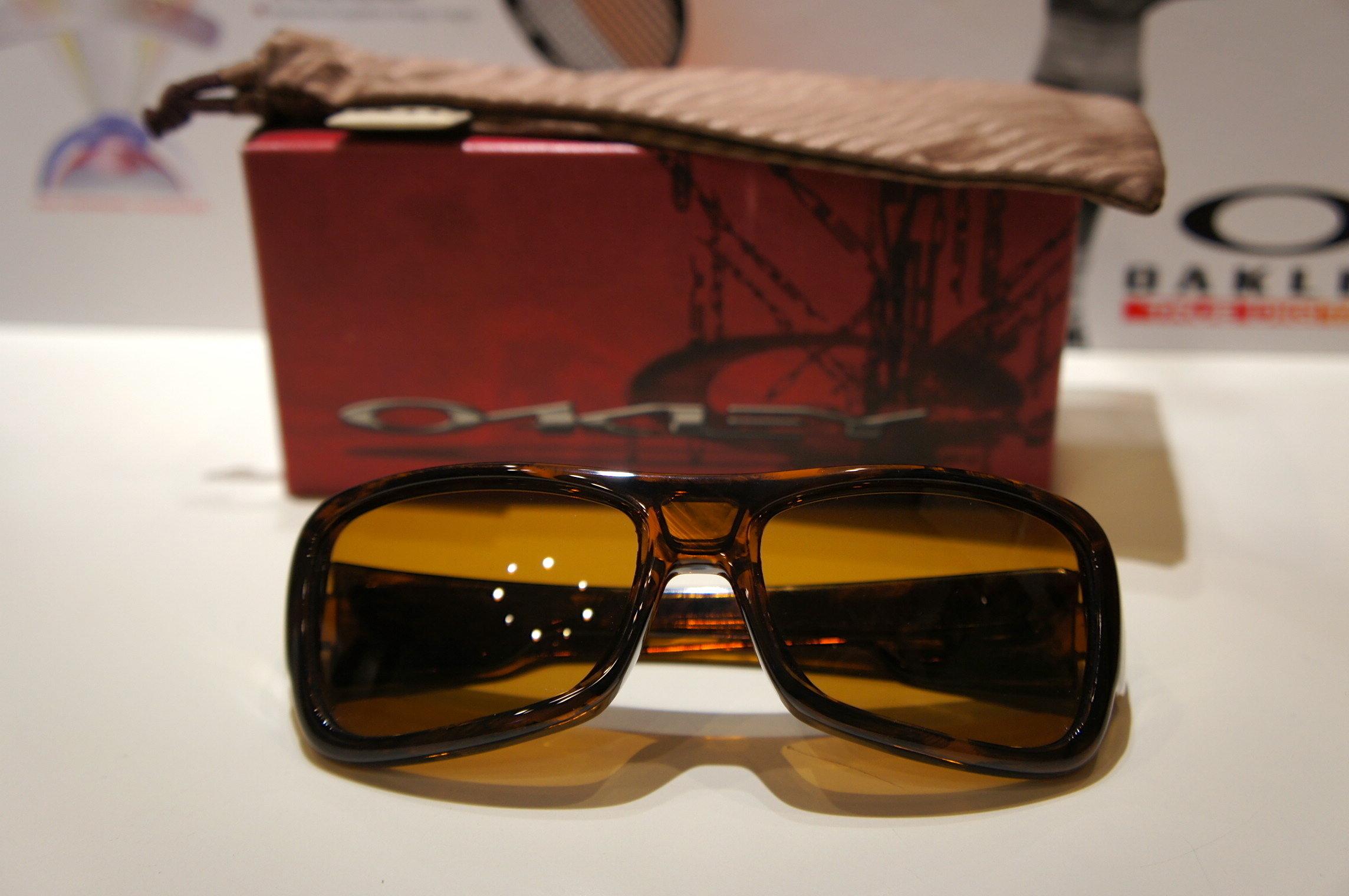 Oakley Montefrio - Brown Tortoise - Bronze 9030 03-562
