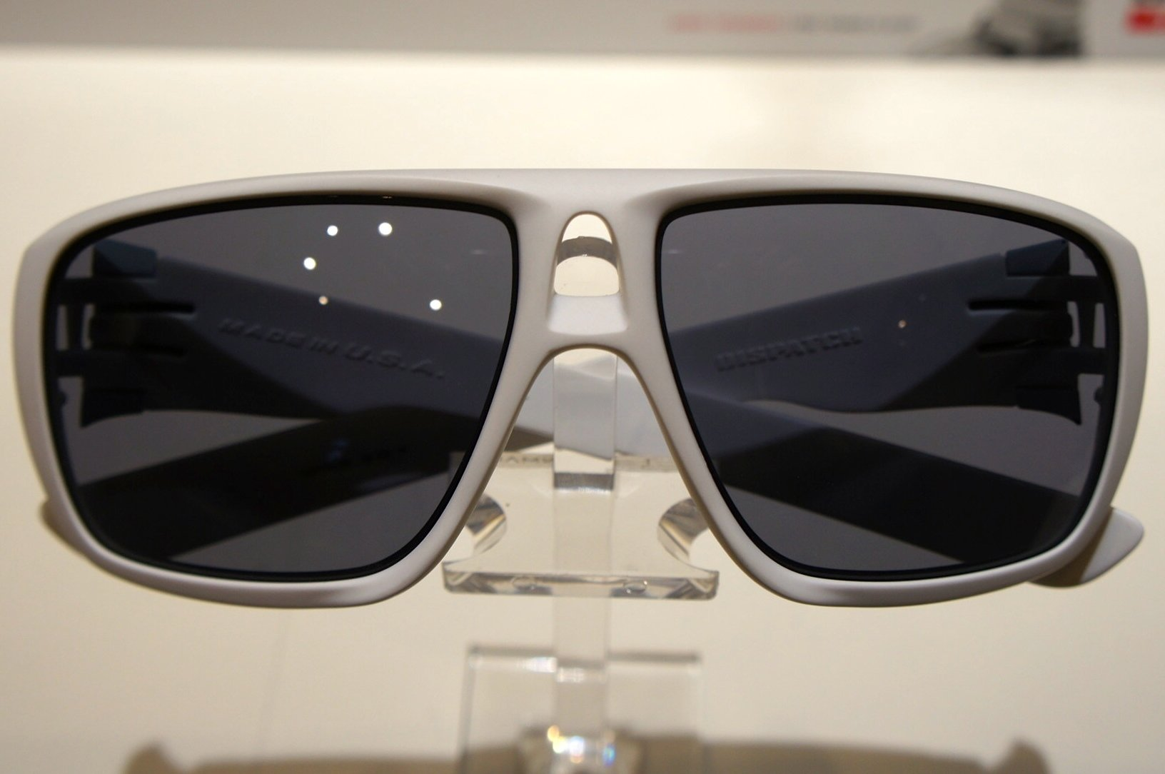 Oakley Dispatch - Matte White w - Grey
