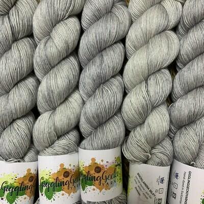 GGY GigglingGecko Socklandia Silky Yarn Ocean