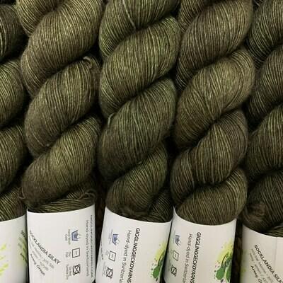 GGY GigglingGecko Socklandia Silky Yarn Army Green