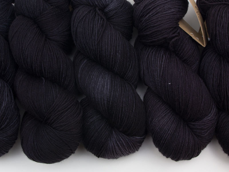 Das Mondschaf Merino Sock  Black Hole