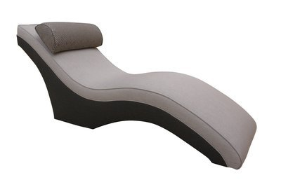 Sleek Lounger
