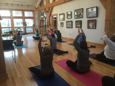 Gentle Yoga MG041018