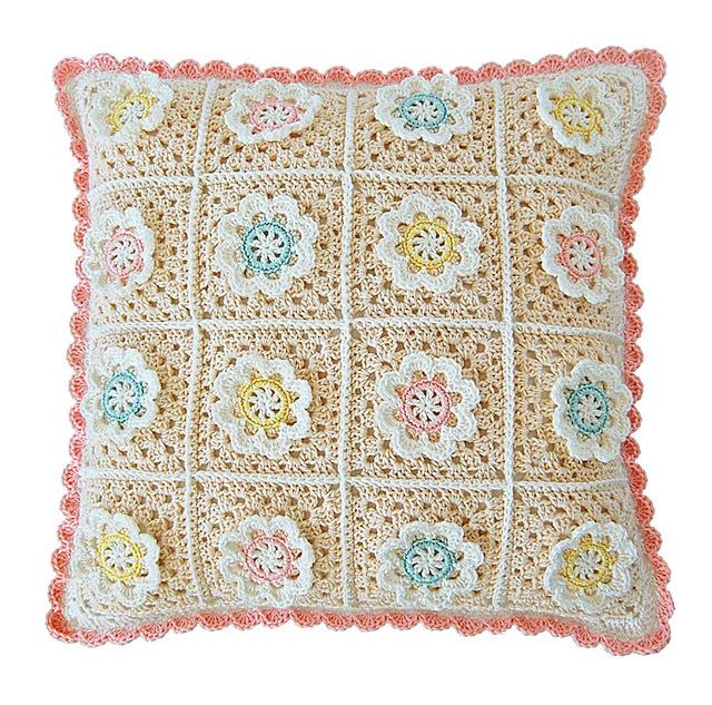 CROCHET PATTERN: Florina Pillow 00034