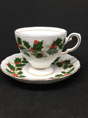 Royal Tuscan 'Noel' Teacup