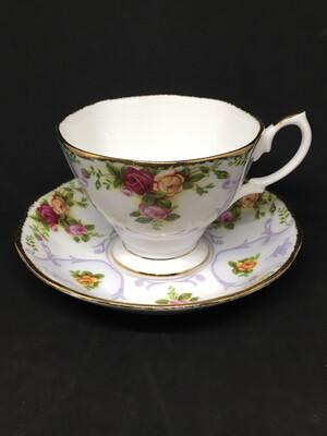 Royal Albert 'Rose Cameo Violet' Teacup