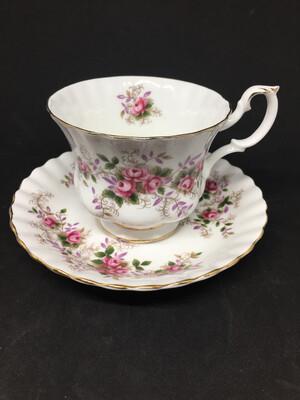 Royal Albert 'Lavender Rose' Tea Cup