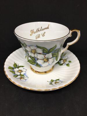 Royal Windsor 'Dogwood' Teacup