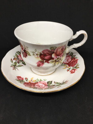 Queen Anne Peach Roses Teacup