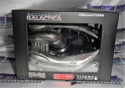 Battlestar Galactica Scar Cylon Raider Titans Vinyl