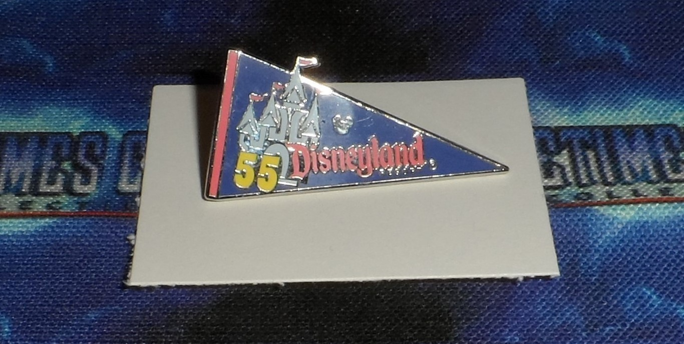 2010 Disney Hidden Mickey/Completer Pin: Disneyland 55 Pennant