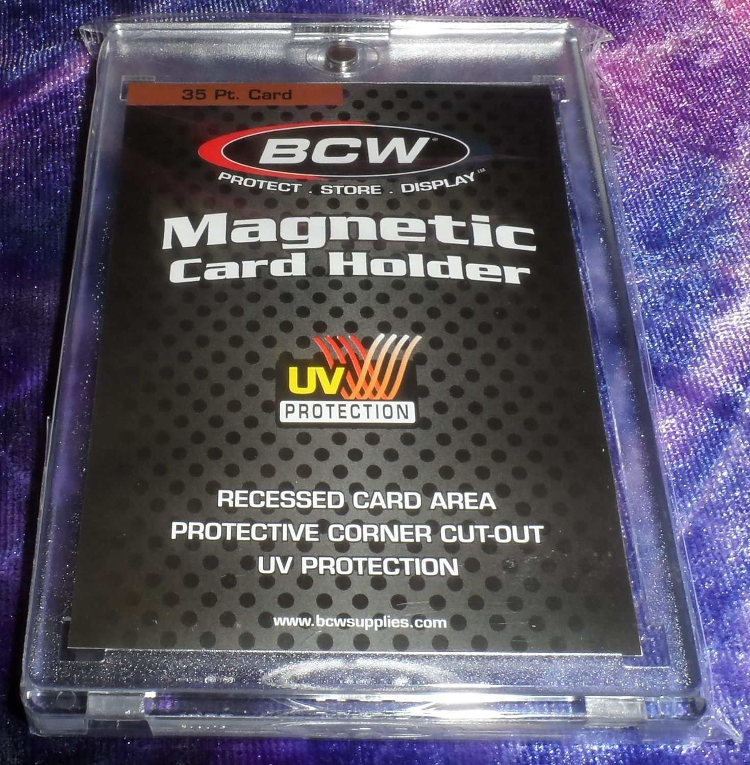 BCW MAGNETIC CARD HOLDER - 35 PT. Thickness