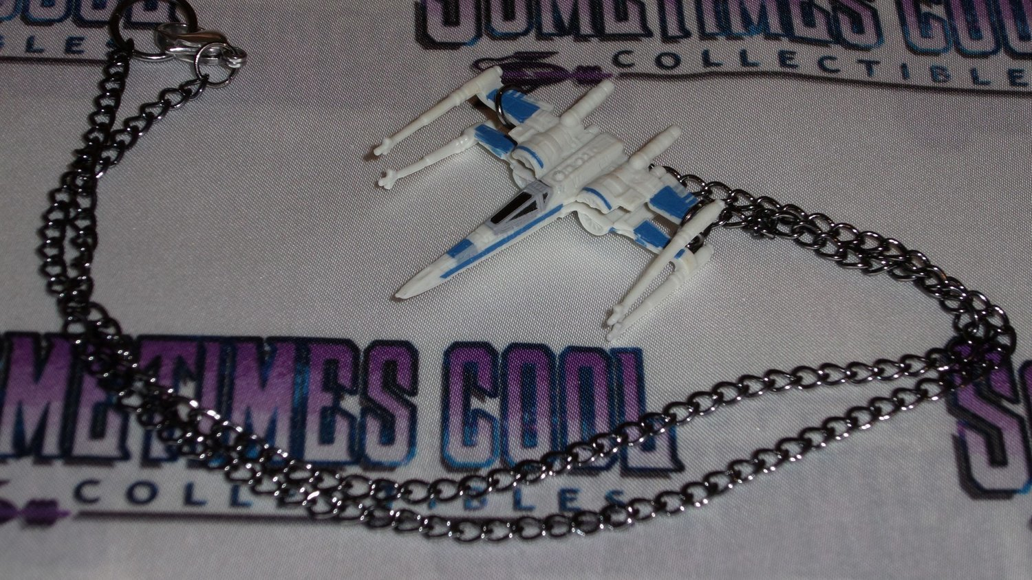 Star Wars : X-Wing Fighter Necklace