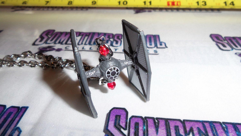 Star Wars : TIE Fighter Necklace (First Order)