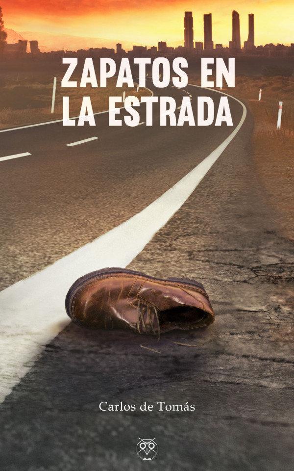 Zapatos en la estrada