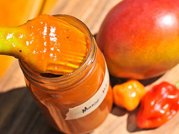 Organic Mango Habanero Chili Sauce ~ 5oz bottle 0002
