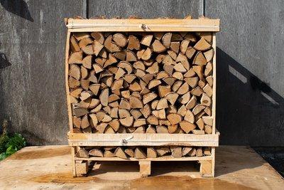 Large Crate of Kiln Dried Hardwood Oak & Birch Logs