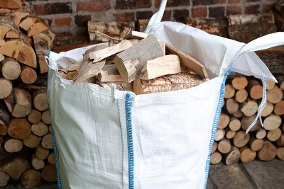 Kiln Dried Thin Hardwood Logs - Barrow Bag