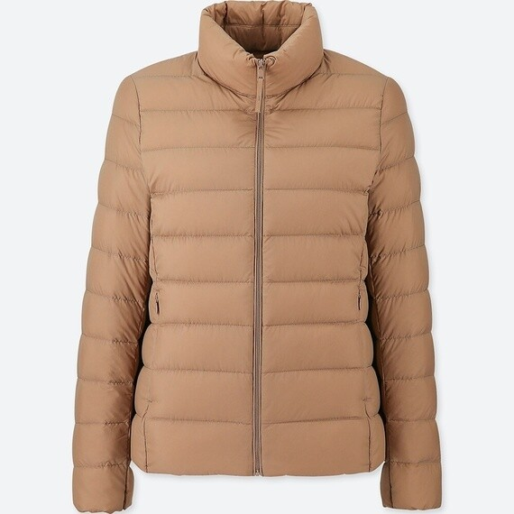 UNIQLO ULTRA LIGHT DOWN JACKET - SEM CAPUZ (BEIGE) - FEMININO