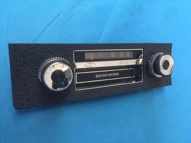 XW XY GT 8 TRACK Stereo Dummy Radio 00077