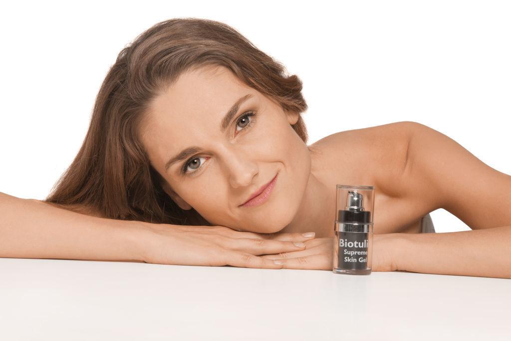 Biotulin Supreme Skin Gel (15ml**) & SkinRoller