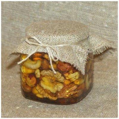 Орехи в меду (россыпью), 250 мл.