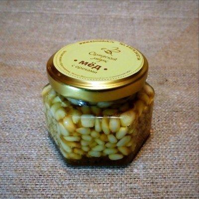 Кедровые орешки в меду, 100 мл.