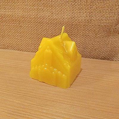Свеча из натурального воска