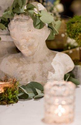 Gwen / stone bust