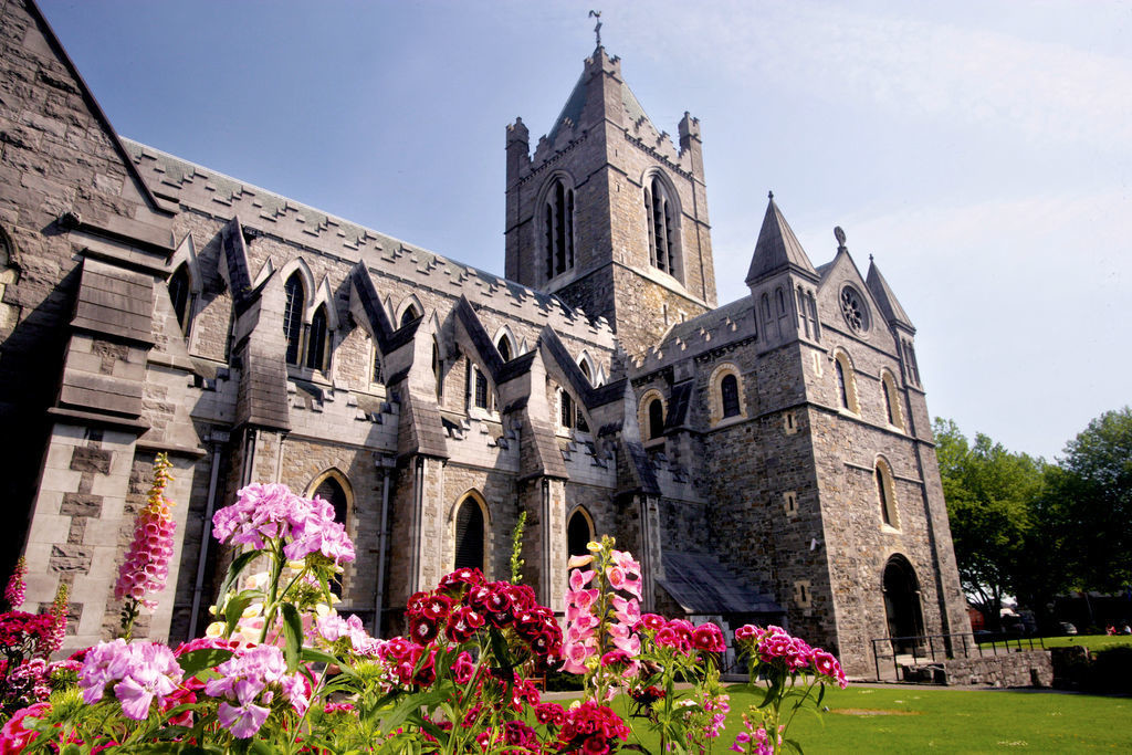 """""""LIVE LIKE A LORD"""" - 8 Day Self-Drive CASTLES Tours - FROM $2,795.00"""