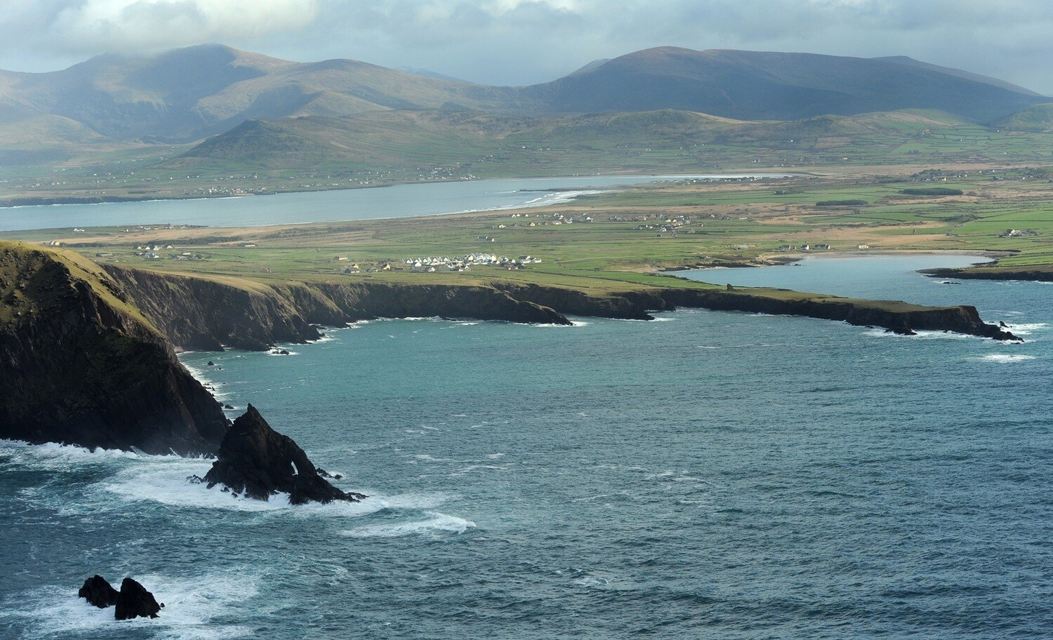 """""""EXPLORE IRELAND"""" -  View Our Escorted 12 Day Tours Around Ireland - From $2,799.00"""