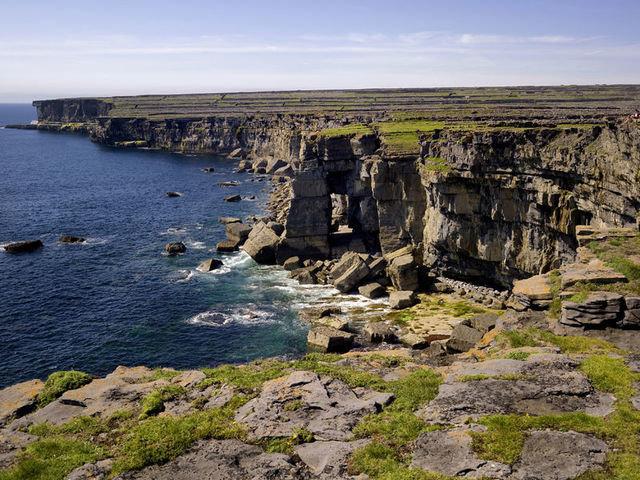 Insh Mann Cliffs. Aran Islands