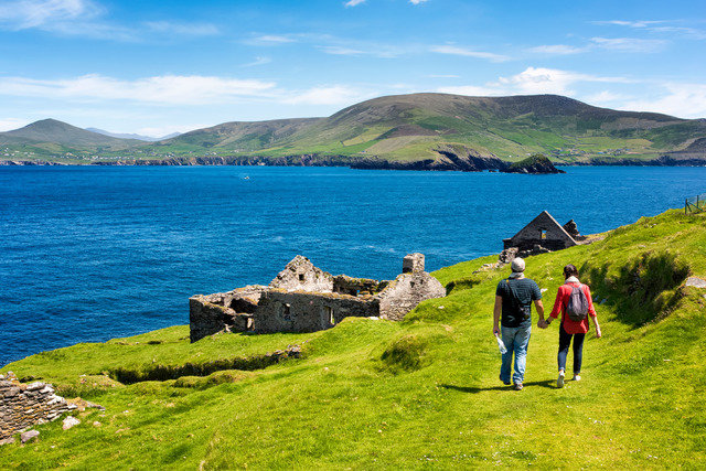 """""""The Wild Atlantic Way""""  South-West, 5 Day, Self - Drive Tour - FROM $695.00 0932"""
